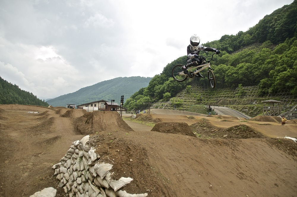 2019令和元年6月22〜23日秩父滝沢サイクルパークの風景_b0065730_915376.jpg