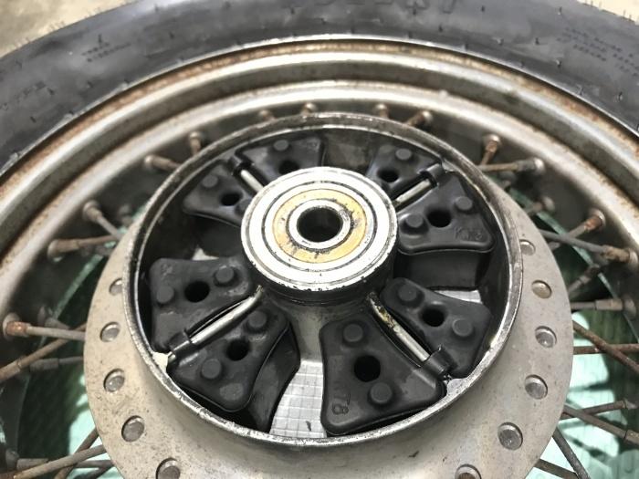 スティード400タイヤ交換とフロントフォークOHと修理_e0365651_00034979.jpg