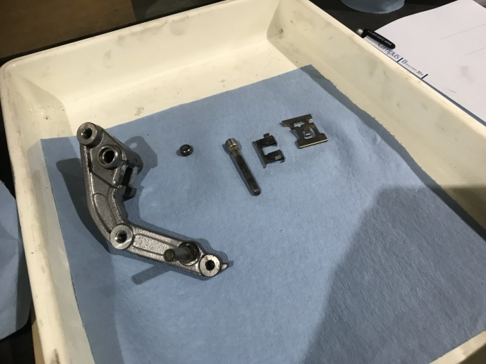 スティード400タイヤ交換とフロントフォークOHと修理_e0365651_00071649.jpg