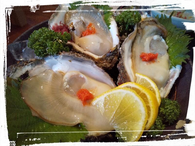 『和旬喰燗 魚家(ととや)』さん:Bランチ 海鮮丼_a0083760_09263603.jpg
