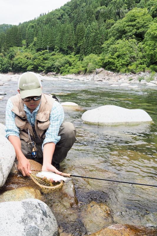 半分近くは釣り場で過ごしておりました‥_e0136764_20085526.jpg