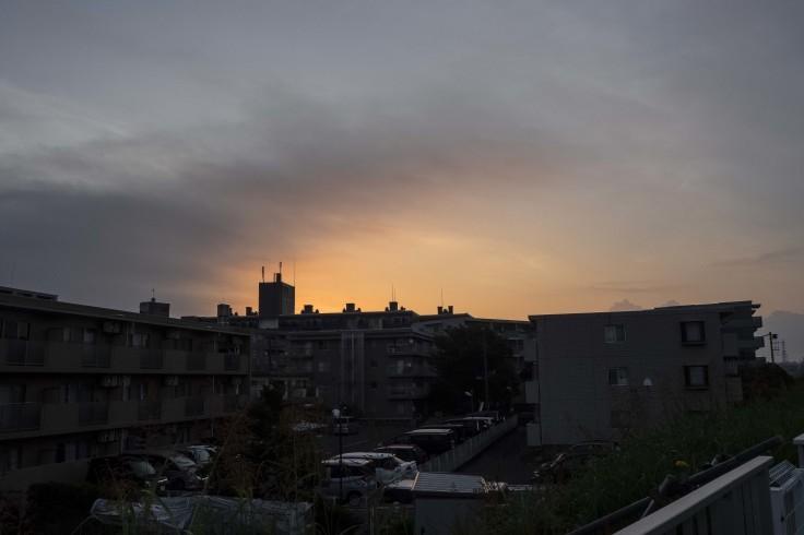 我が町の夜明け_e0305388_15594356.jpg