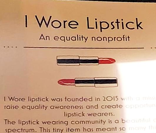 """""""I Wore Lipstick""""(わたし口紅つけました)というNPO団体_b0007805_21575743.jpg"""