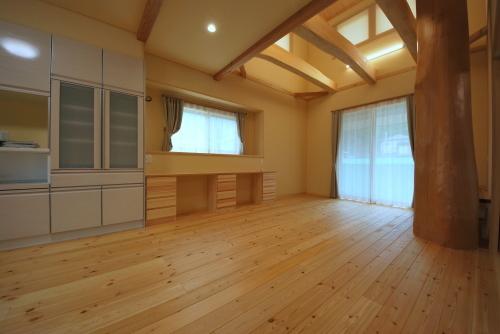 「健康な木の家で暮らす」最新の施工例_a0181151_15594948.jpg