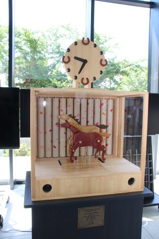 十和田八甲ロータリークラブがからくり時計を寄贈_f0237658_13173663.jpg