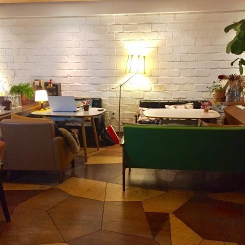 ひとりソウル旅 19 最後は大好きなカフェ「PIKA COFFEE」♪_f0054260_11120844.jpg