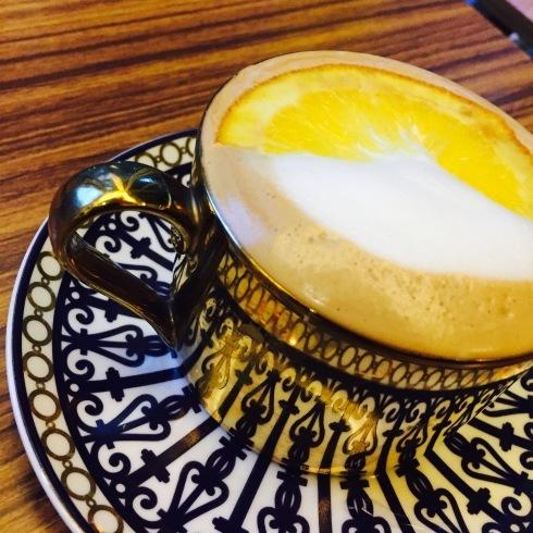 ひとりソウル旅 19 最後は大好きなカフェ「PIKA COFFEE」♪_f0054260_11132907.jpg