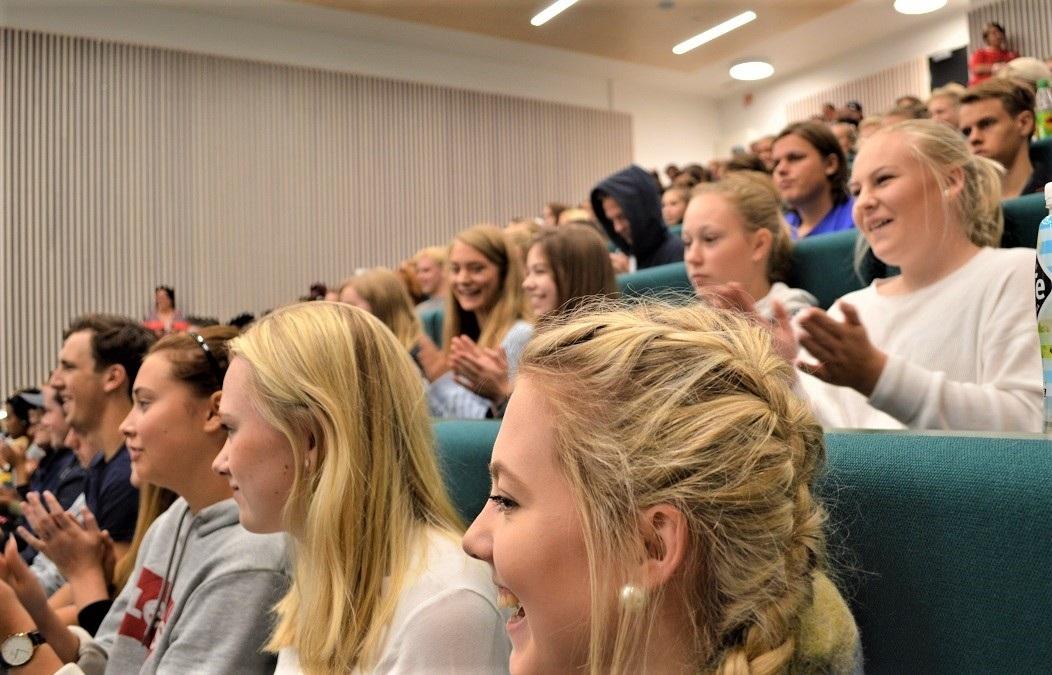 全候補の43%が女性、12%が若者(ノルウェー地方選)_c0166264_14344020.jpg
