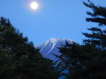 富士山に登れる?_e0077899_9153027.jpg