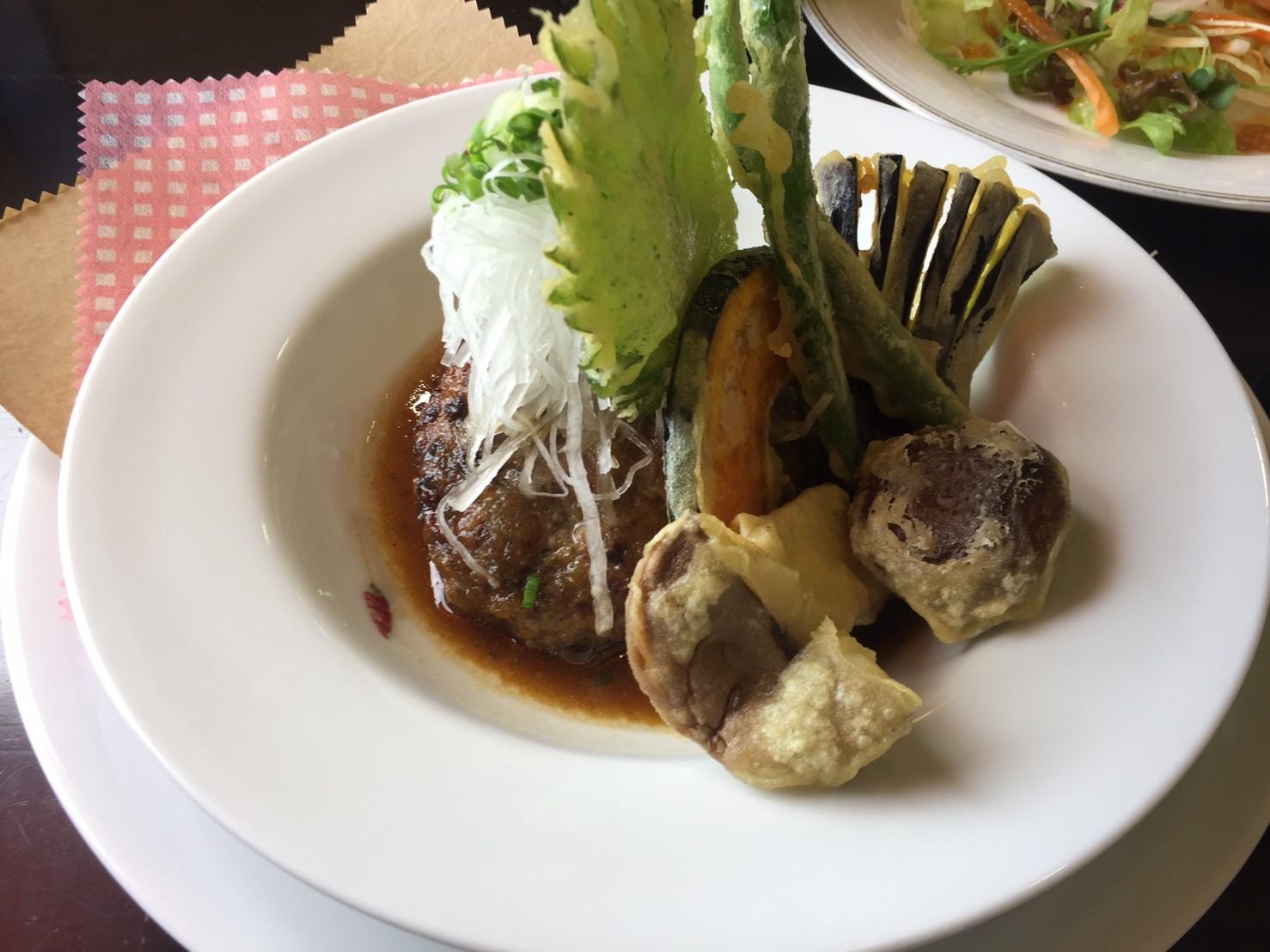 cafe & restaurant アンドリュース 日替わりランチ  ラス1和風ハンバーグ_e0115904_19393951.jpg