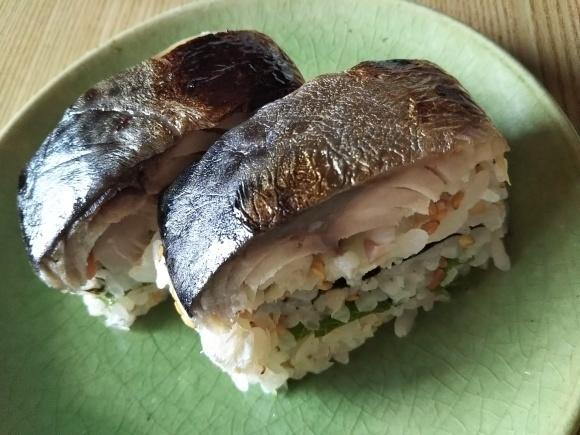 しめ鯖の押し寿司が好き_f0316507_18524192.jpg