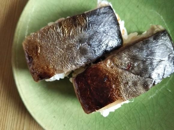 しめ鯖の押し寿司が好き_f0316507_18530611.jpg