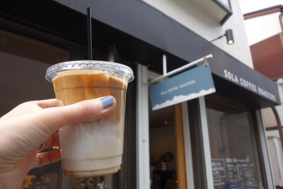 SOLA COFFEE ROASTERSさんでアイスラテ_e0230011_17240008.jpg