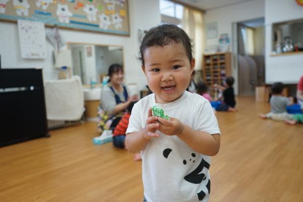 保育園 初めての小麦粉粘土!_a0166025_14244211.jpg
