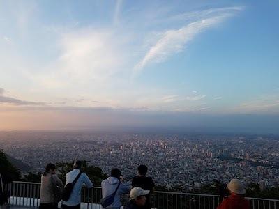 ロープーウェイで藻岩山山頂に行ってきました<日本新三大夜景 札幌 藻岩山>_a0293265_16105220.jpg