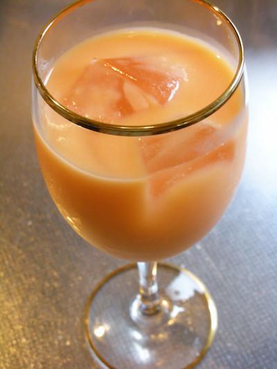 本日のおめざはスムージー風メロン果汁ドリンク<おうちメニューレシピ>_a0293265_16111284.jpg