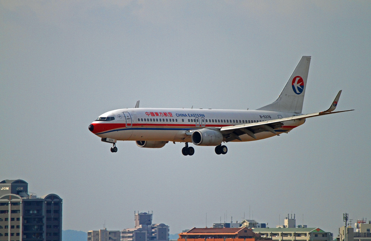 中国東方航空。_b0044115_15104001.jpg