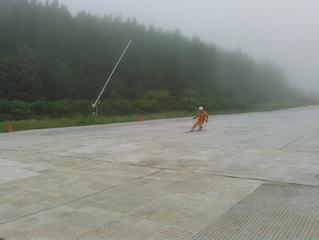 梅雨時のスキー_c0359615_22274371.jpg