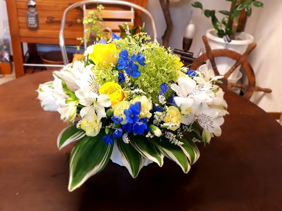 紫陽花のアレンジメント_c0226331_11452631.jpg