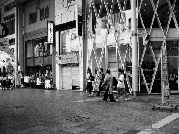 街ブラ@本通り-八丁堀_b0190540_15285352.jpg
