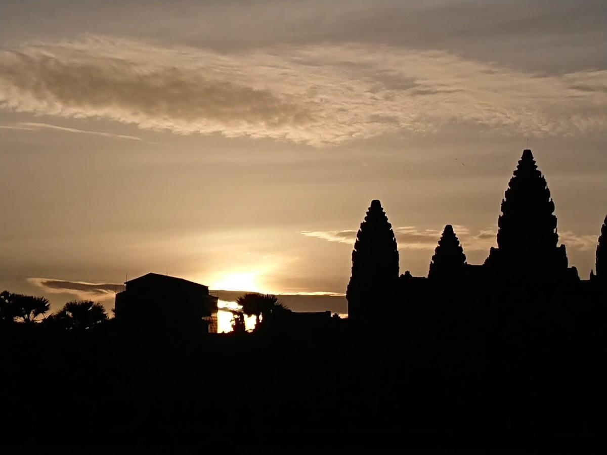 旅行3日~4日目はベトナムからカンボジアへ_f0323446_01202603.jpg