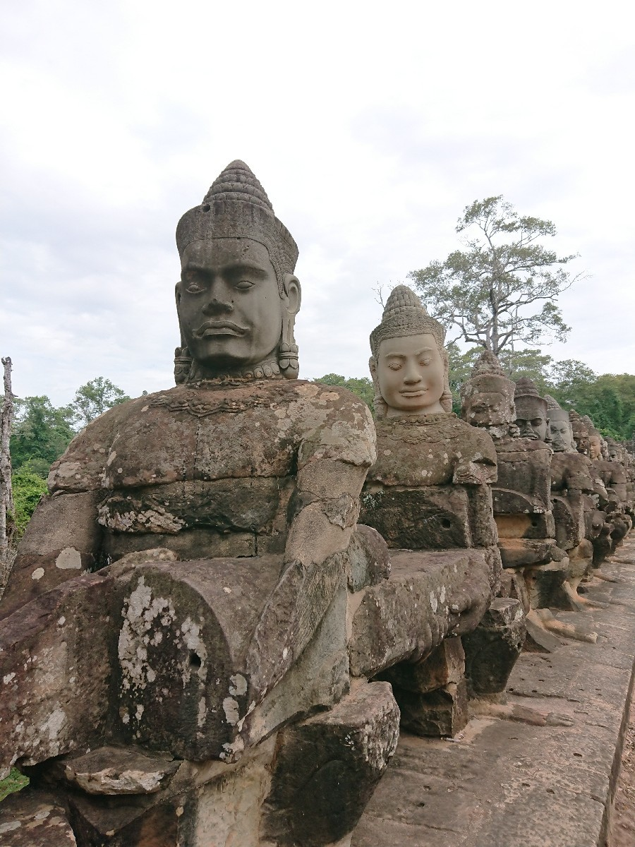 旅行3日~4日目はベトナムからカンボジアへ_f0323446_01211208.jpg
