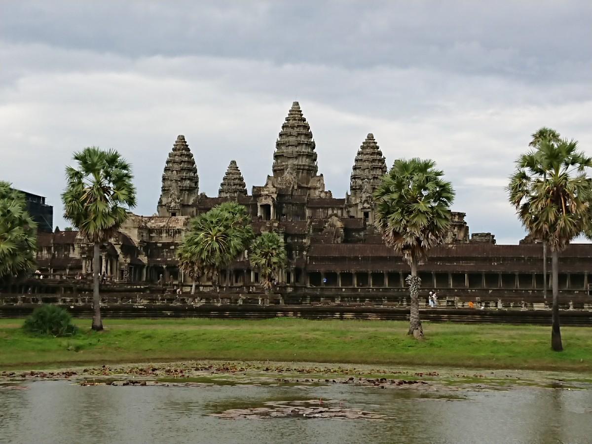 旅行3日~4日目はベトナムからカンボジアへ_f0323446_01223180.jpg