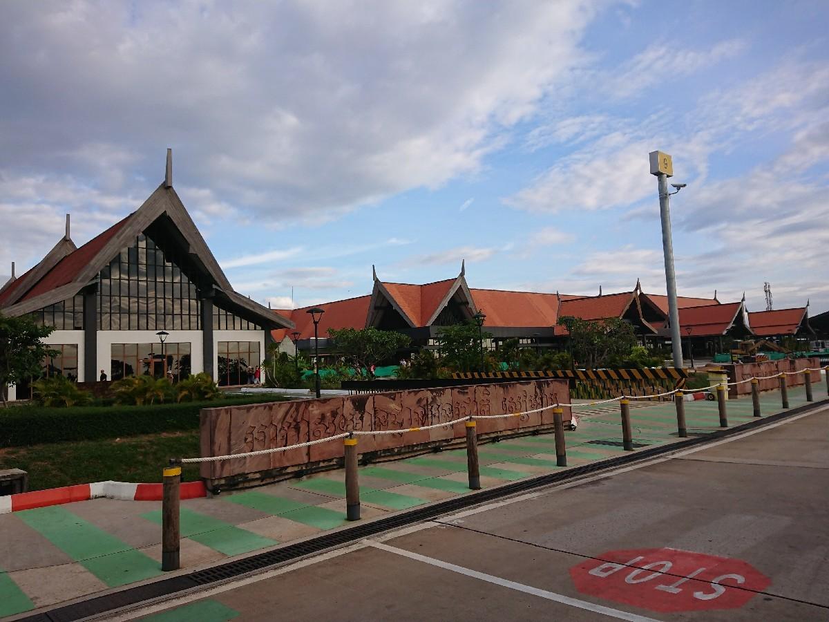 旅行3日~4日目はベトナムからカンボジアへ_f0323446_01294598.jpg