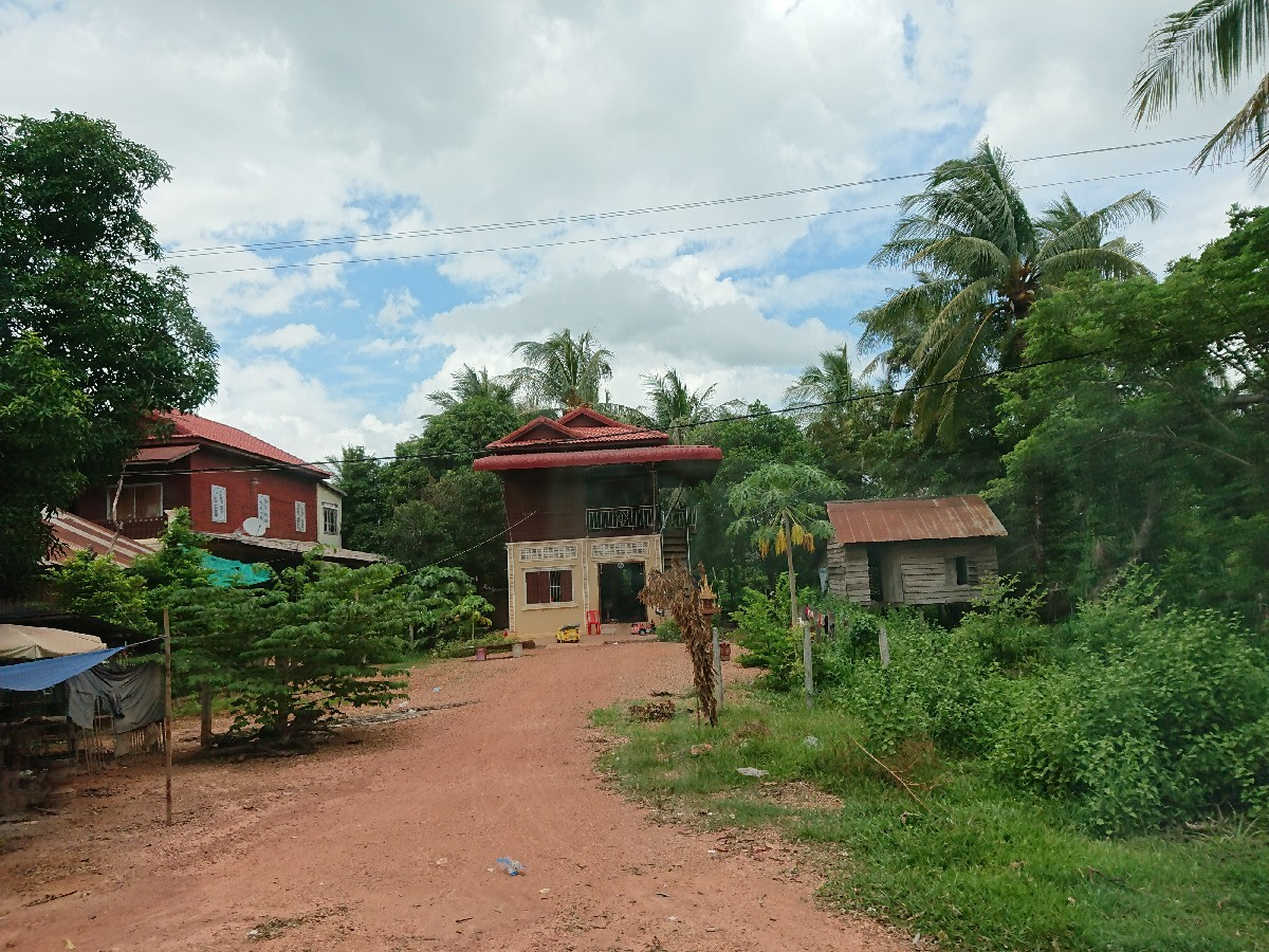 旅行3日~4日目はベトナムからカンボジアへ_f0323446_02194289.jpg