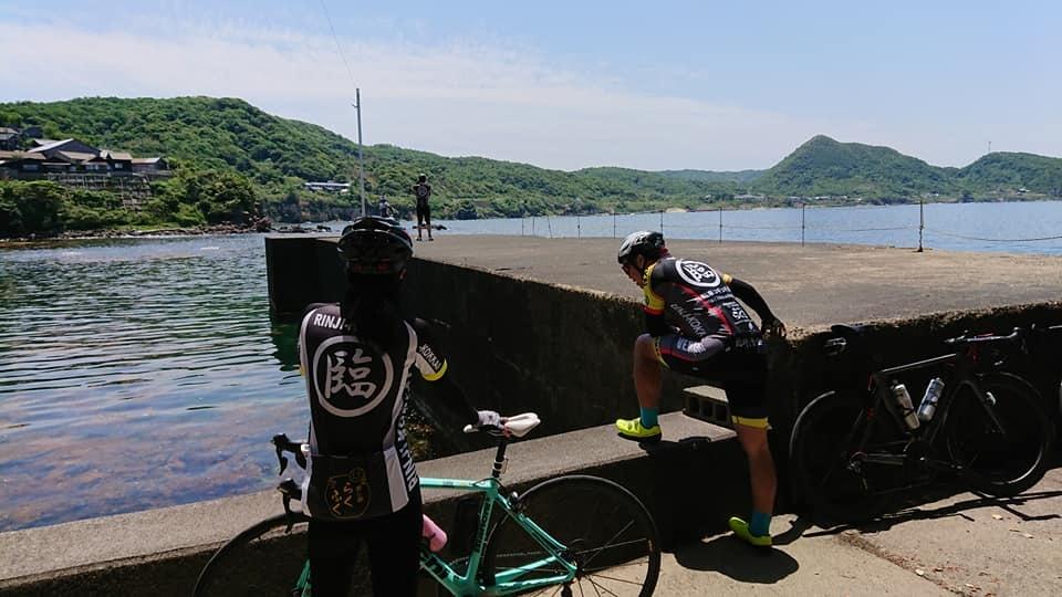 日本海の鮮やかな青と透明度_c0214359_00101067.jpg