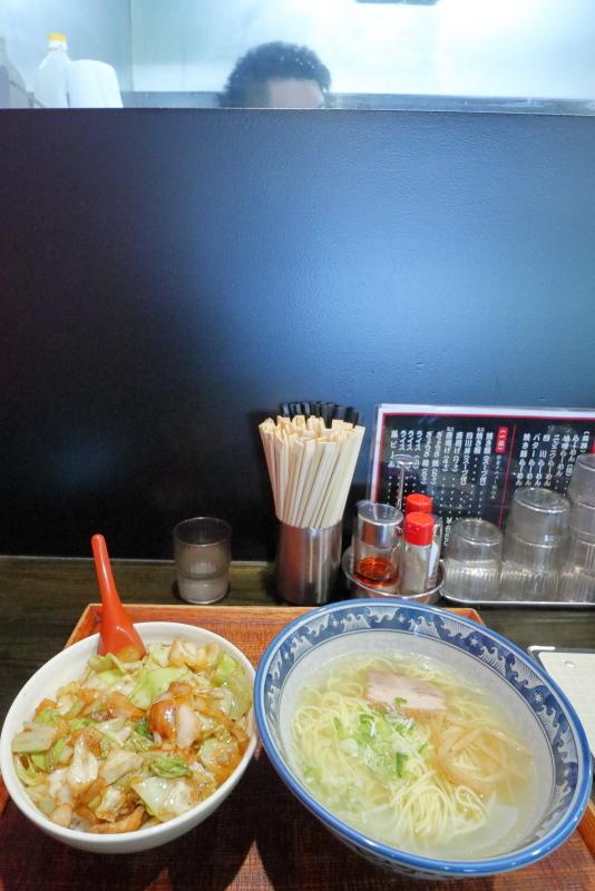らー麺亭 高須店で、四川丼を食べる_a0077663_16024838.jpg