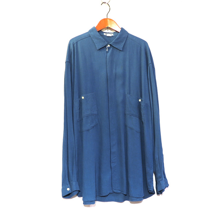 blue shirts._d0187983_21283289.jpg