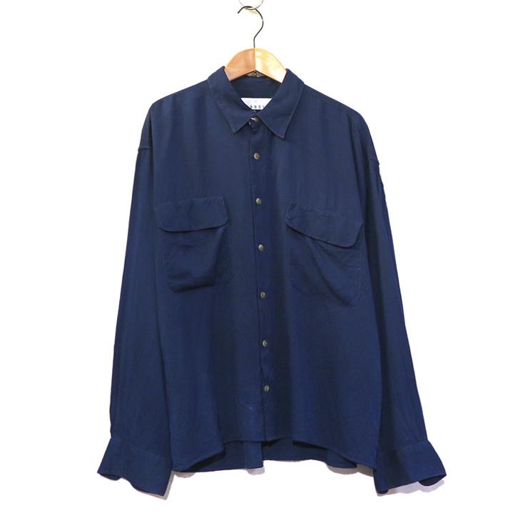 blue shirts._d0187983_21283525.jpg
