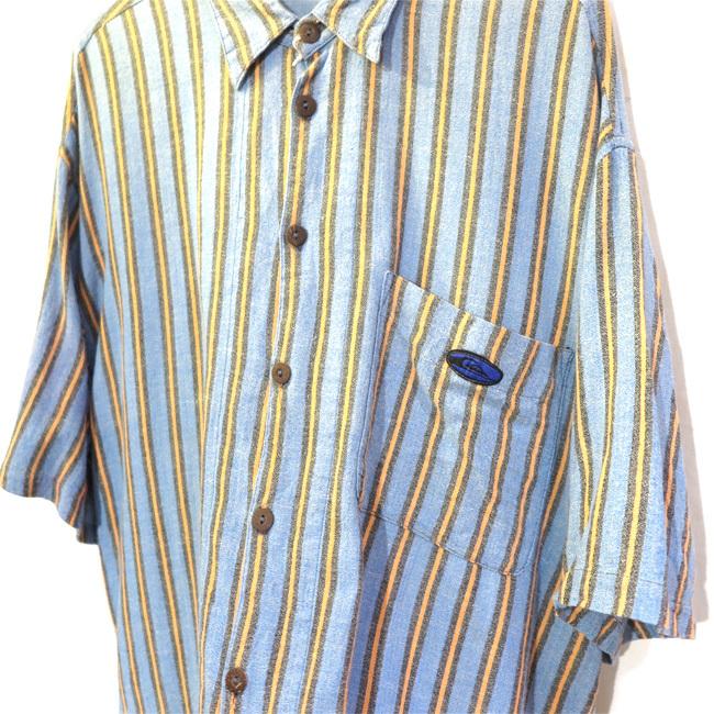 blue shirts._d0187983_21300698.jpg