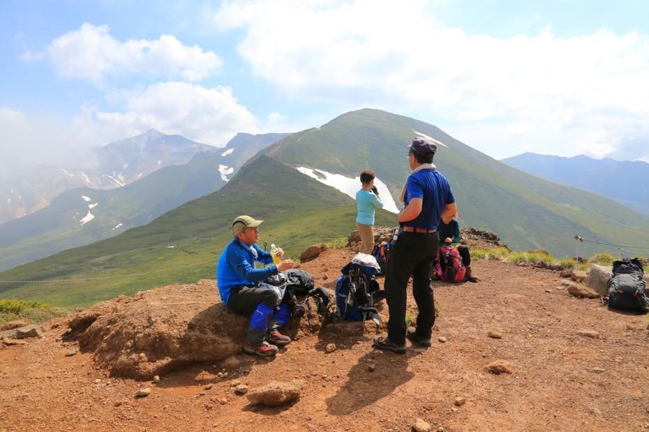富良野岳、三峰山と上富良野岳、2019.6.24ー同行者からの写真ー_f0138096_23431899.jpg