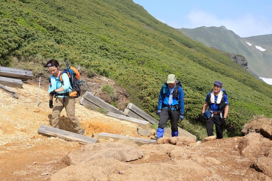 富良野岳、三峰山と上富良野岳、2019.6.24ー同行者からの写真ー_f0138096_23435666.jpg