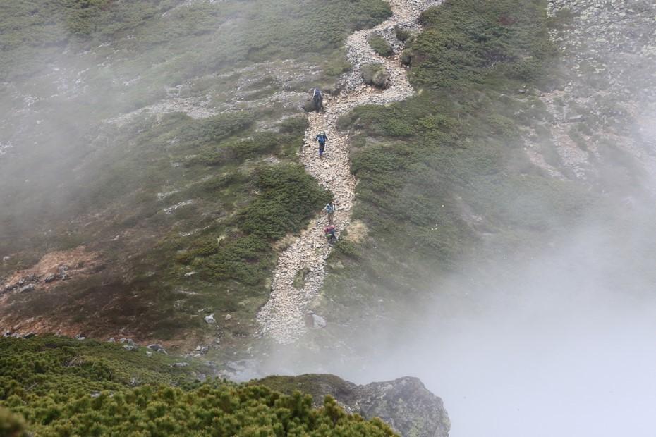 富良野岳、三峰山と上富良野岳、2019.6.24ー同行者からの写真ー_f0138096_23440481.jpg