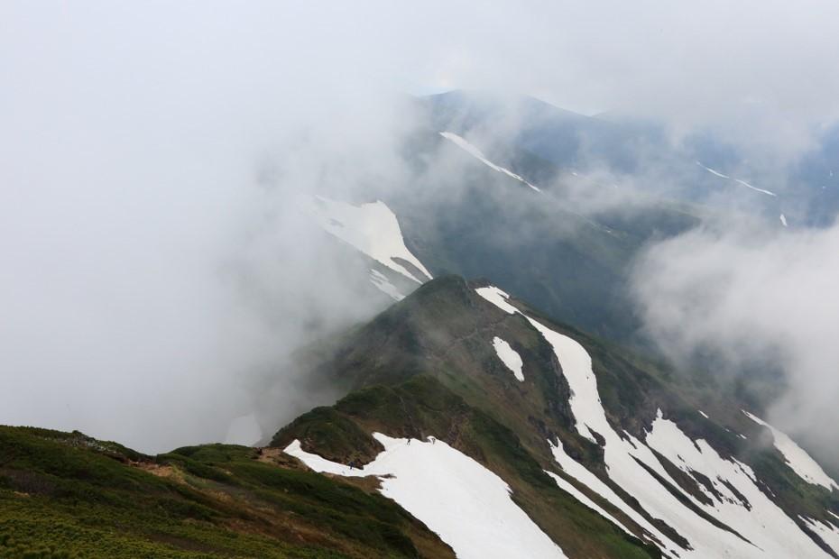 富良野岳、三峰山と上富良野岳、2019.6.24ー同行者からの写真ー_f0138096_23441063.jpg