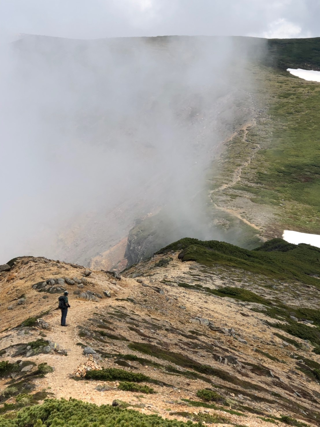 富良野岳、三峰山と上富良野岳、2019.6.24ー同行者からの写真ー_f0138096_23445219.jpg