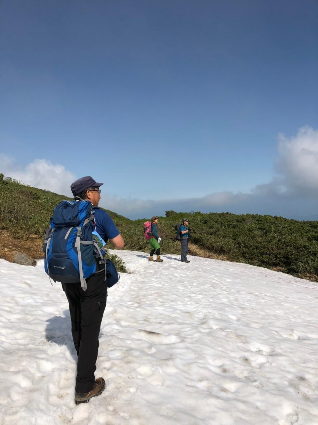 富良野岳、三峰山と上富良野岳、2019.6.24ー同行者からの写真ー_f0138096_23450582.jpg