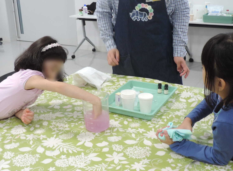 2019/06/15 入浴剤工作教室@東芝未来科学館_f0240709_18385643.jpg