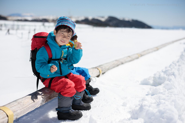 3歳5歳ちびっ子兄弟のスノーハイキング「美ヶ原高原」_c0369219_18360437.jpg