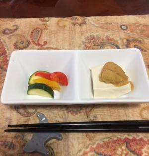 うに、塩豆腐、ピクルスの晩酌_f0101128_10580859.jpg