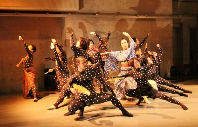 Dancesemble 第1回公演、賑やかに終わる_d0178431_12372142.jpg