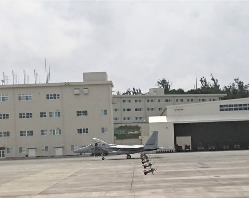 沖縄ひとりっぷ~那覇空港で、戦闘機_c0100865_13132858.jpg