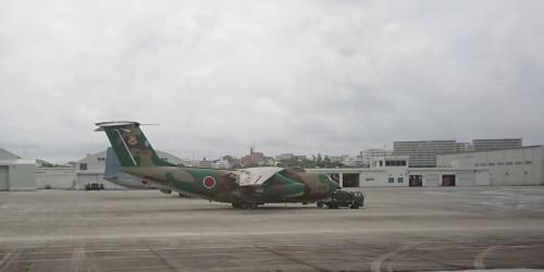 沖縄ひとりっぷ~那覇空港で、戦闘機_c0100865_14530376.jpg