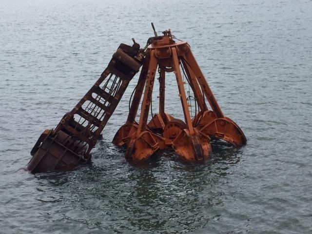 海の災害復旧がはじまった_e0175370_19011770.jpg