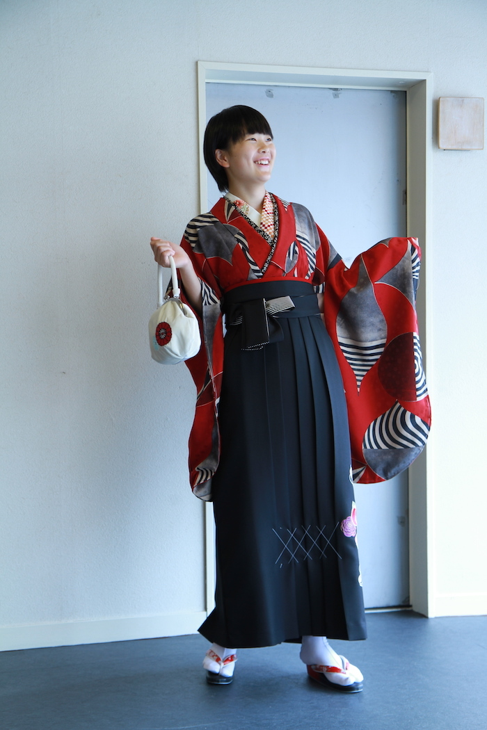 Momokaちゃんの卒業袴_d0335577_18085808.jpg