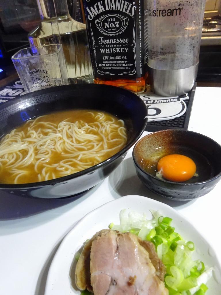 アメリカカブレかもろ日本人か分からぬ食卓 76 徳島ラーメン_d0061678_12253523.jpg