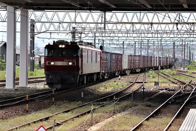 藤田八束の鉄道写真@理想的な国の運営、豊かな暮らしを平和に送りたい、そんな理想郷に近づけるために私達は何をどうすべきか_d0181492_21360284.jpg